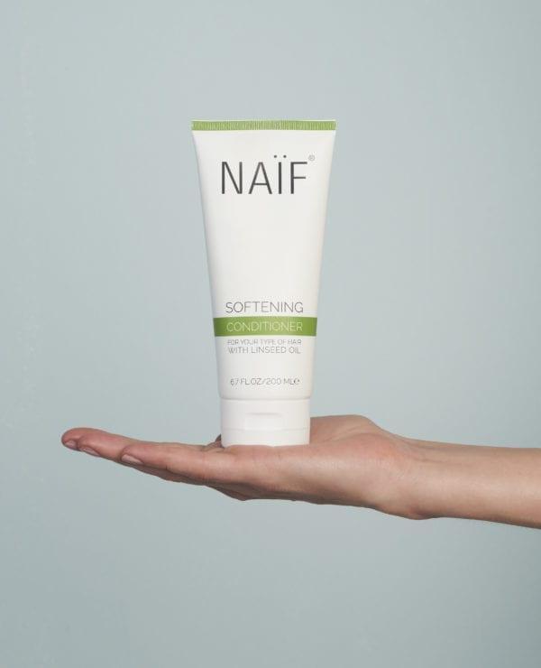 Klik om Naif Softening Conditioner te bekijken
